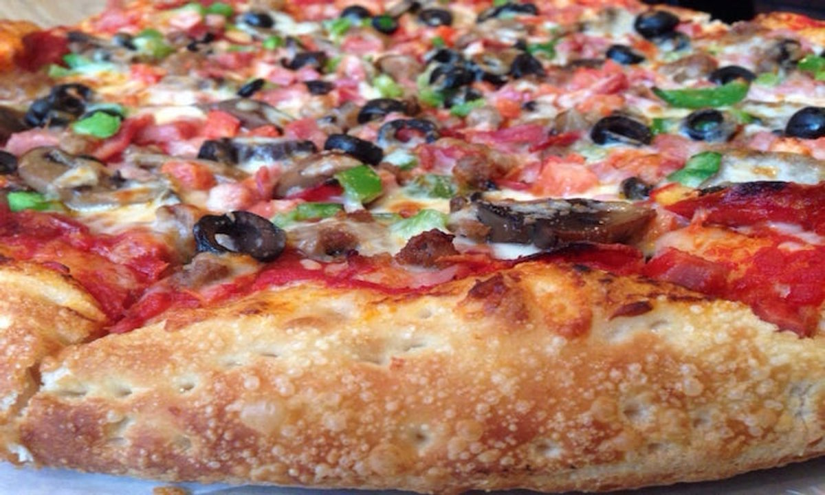 Fox's Pizza Den Menu Prices